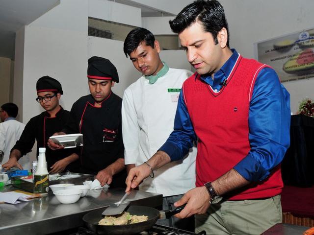 Chef vikas khanna wife sexual dysfunction