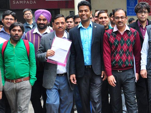 Academy-owners-after-handing-over-a-memorandum-to-the-DC-on-Wednesday-Karun-Sharma-HT
