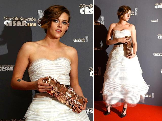 US-actor-Kristen-Stewart-poses-with-her-trophy-during-a-photocall-after-winning-the-Best-Performance-by-an-Actress-in-a-Supporting-Role-award-for-Sils-Maria-Clouds-of-Sils-Maria-during-the-40th-edition-of-the-Cesar-Awards-ceremony-on-February-20-2015-at-the-Chatelet-theatre-in-Paris-AFP--Reuters