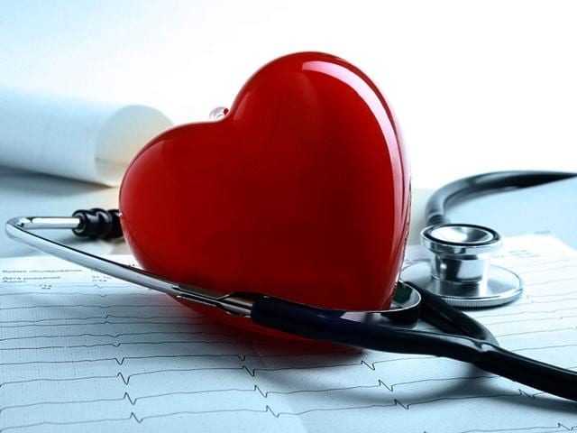 Don't shy away from getting regular check-ups, keep your heart healthy (Photo: Shutterstock)