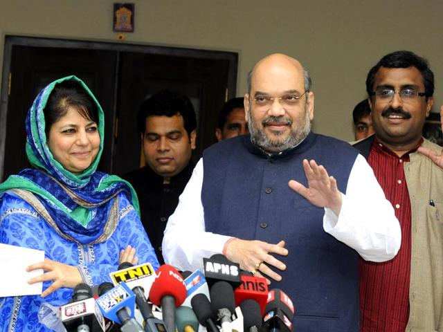 BJP-president-Amit-Shah-and-PDP-president-Mehbooba-Mufti-announced-the-formation-of-a-coalition-government-in--Jammu-and-Kashmir-PTI-Photo