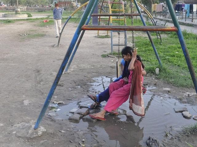 Pathetic condition of parks keeps visitors away; swings, lights dysfunctional for long