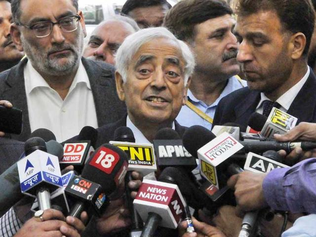 Ram Madhav meets Mufti Sayeed, bats for 'better coordination'