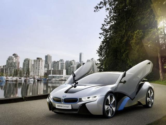 BMW i8,hybrid electric sports car,Geneva Motor Show