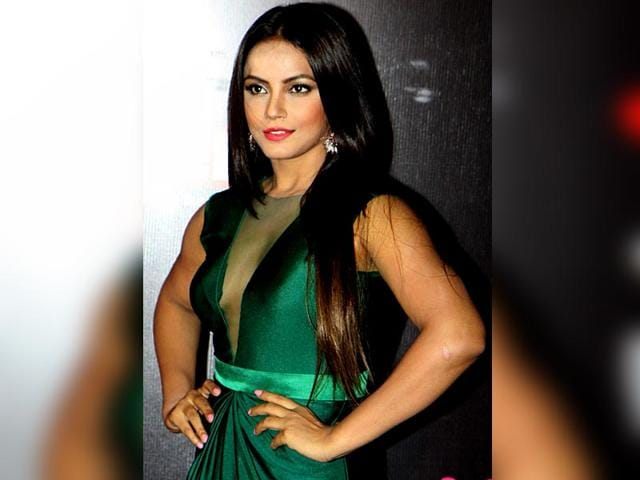Neetu-Chandraa-is-an-actor-model-and-martial-artist-who-works-in-Hindi-and-regional-films-Seen-here-at-the-Life-OK-Screen-Awards-2015-in-Mumbai-on-January-14-2015-AFP