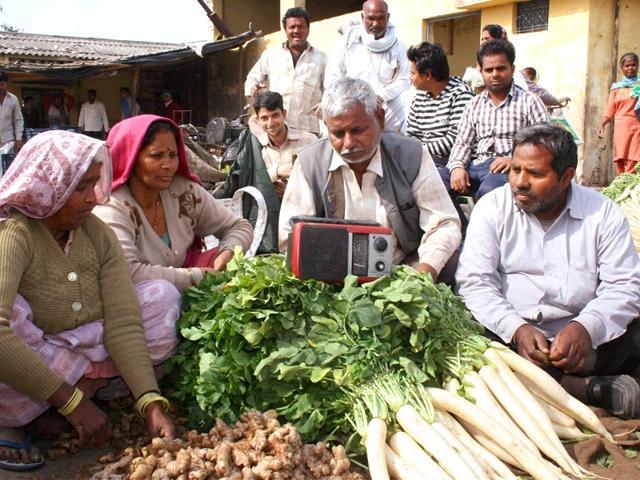 Composting,Vegetable vendors,compost drums