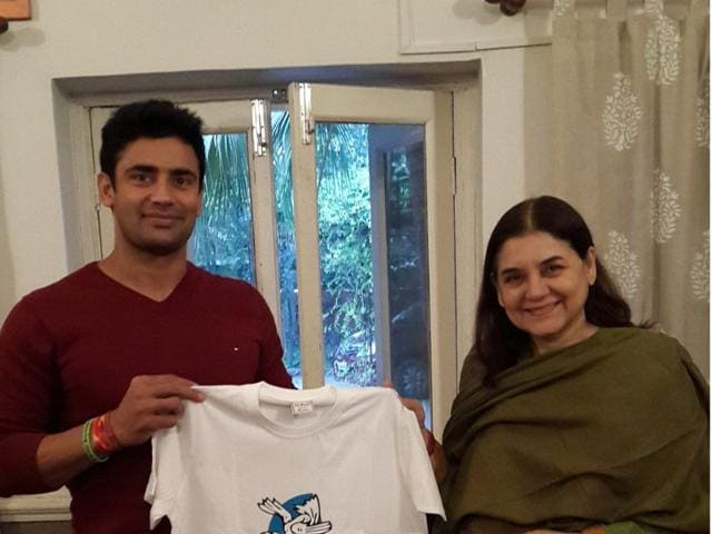 Sangram-Singh-with-Union-minister-Maneka-Gandhi-during-an-event-organised-by-People-For-Animals-in-New-Delhi-HT-Photo