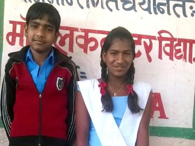 Shivlal-with-his-fiancee-Ratni-Photo-IANS