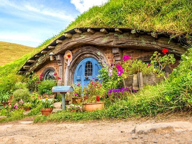 hobbit theme park