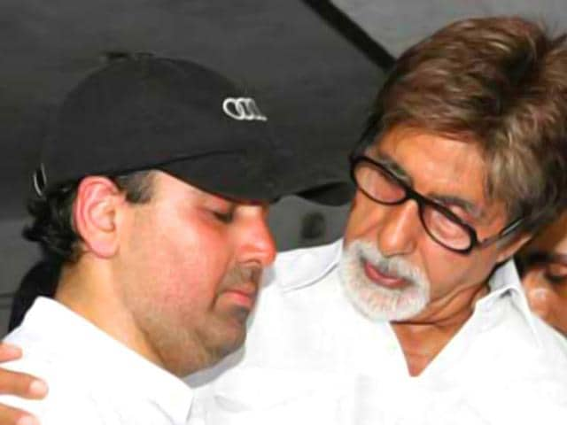 Amit-Mehra-died-on-Saturday-morning-following-a-heart-attack