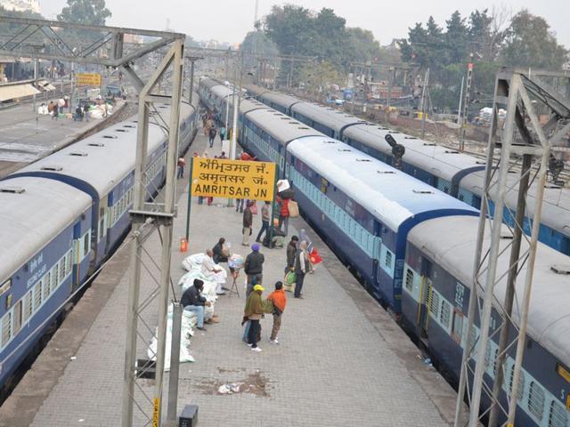 Amritsar,railway station,Chheharta