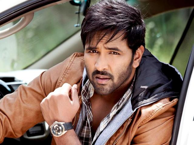 Actor-producer Vishnu Manchu,Telugu,Dynamite