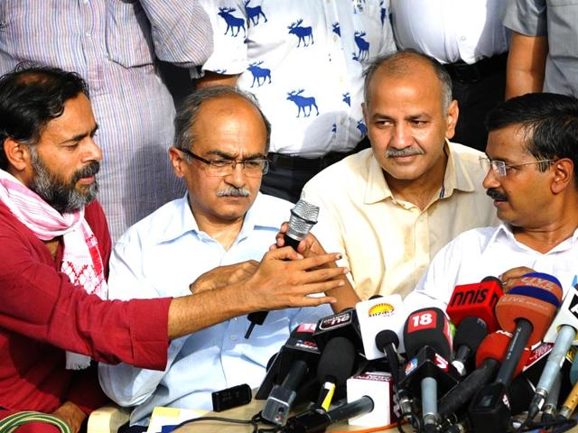 From-left-to-right-AAP-leaders-Yogendra-Yadav-Prashant-Bhushan-Manish-Sisodia-and-Arvind-Kejriwal-at-a-party-event-Sushil-Kumar-HT-Photo