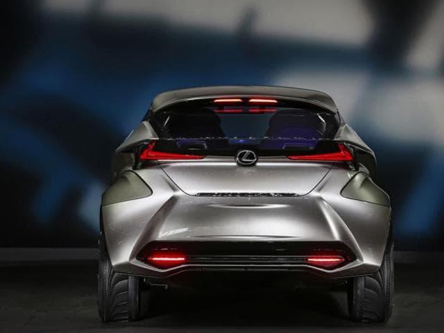 Toyota-2015-Lexus-LF-SA-Photo-AFP