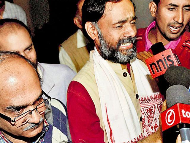 AAP rift widens: Mayank Gandhi hits out against sacking of Yogendra Yadav, Prashant Bhushan