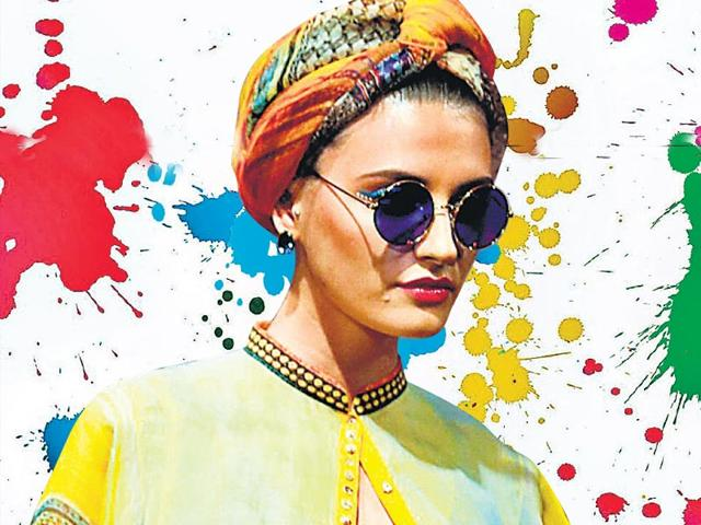 Play-the-turbanator-this-Holi-Take-some-style-cue-from-this-model-in-designer-Tarun-Tahiliani-s-creation