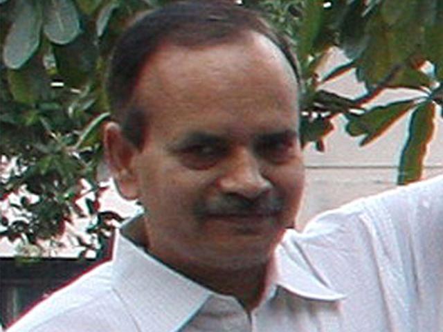 MP: Congress seeks probe into whistleblower's death in road accident