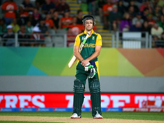 'I didn't feel any electric vibe' says De Villiers, South Africa revive old doubts in defeat