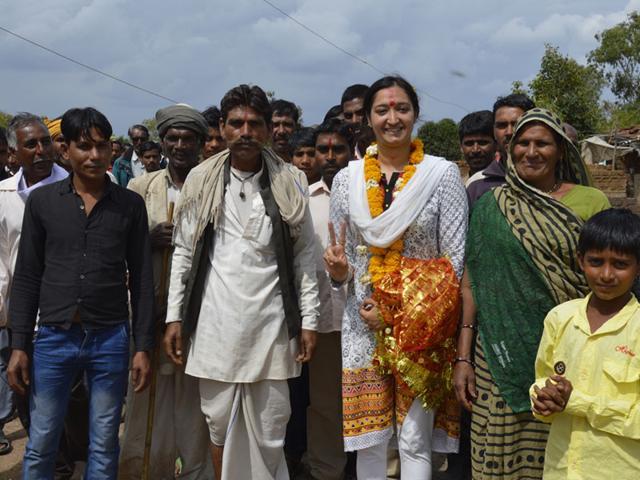 Sarpanch-Bhakti-Sharma-with-villagers-near-Bhopal-HT-photo