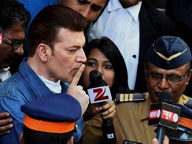 Aditya-Pancholi-was-arrested-and-later-released-on-bail-after-a-midnight-brawl-at-a-night-club-in-Mumbai