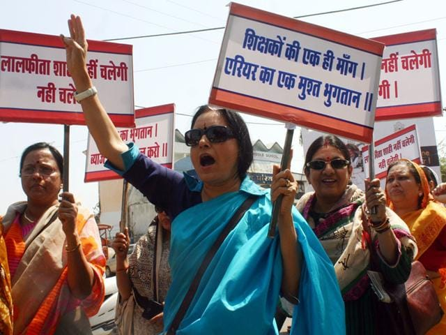 Professors-of-government-colleges-in-Bhopal-take-out-a-rally-to-demand-their-pending-arrears-of-6th-Pay-Commission-on-Monday-Bidesh-Manna-HT-photo