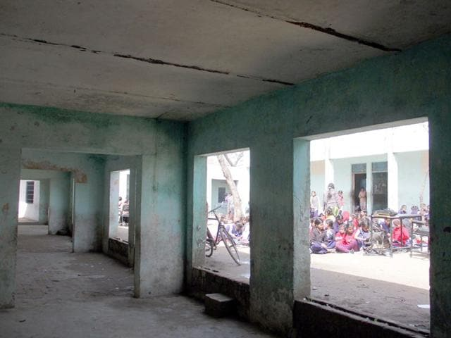 As-five-of-the-total-ten-classrooms-constructed-40-years-ago-have-been-declared-unsafe-now-staff-of--Government-Primary-School-at-Giaspura-is-worried-about-conducting-classes-JS-Grewal-HT