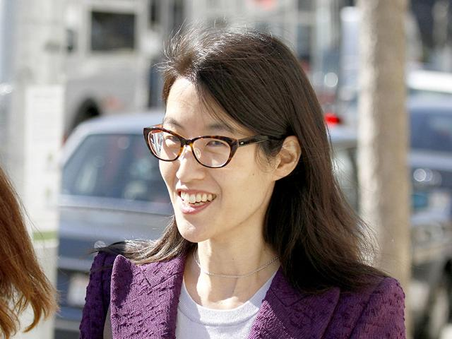 Ellen-Pao-leaves-the-Civic-Center-Courthouse-during-a-lunch-break-in-her-trial-in-San-Francisco-AP-Photo