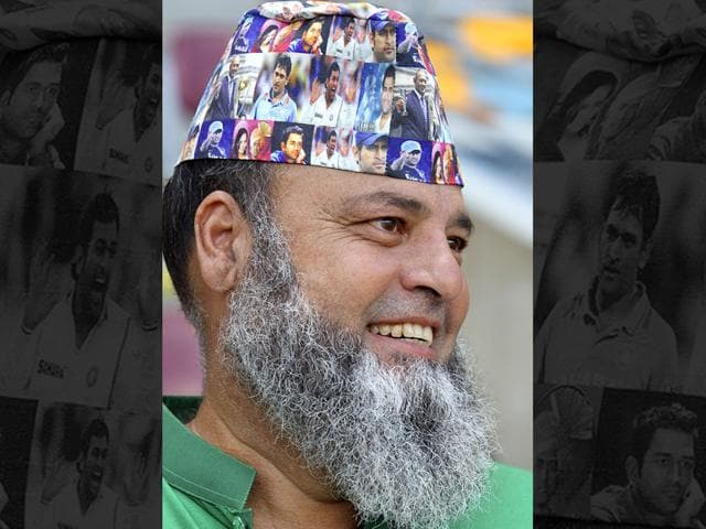 A-Pakistan-supporter-cheers-during-the-2015-Cricket-World-Cup-Pool-B-match-between-Pakistan-and-Zimbabwe-at-the-Gabba-Stadium-in-Brisbane-on-March-1-2015-AFP-PHOTO