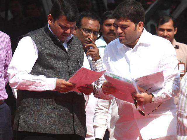 BJP faces heat in the budget session from Oppn, Sena