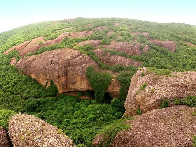 Gudiyam-Caves