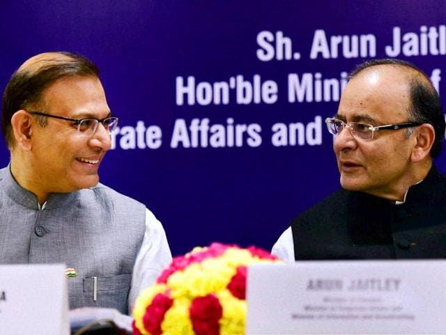 Union-finance-minister-Arun-Jaitley-R-with-MoS-Finance-Jayant-Sinha-L-and-union-railway-minister-Suresh-Prabhu-R-PTI-Photo