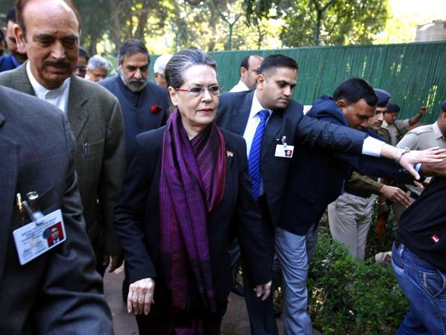 Manmohan 'pleased and grateful' after Cong's solidarity march