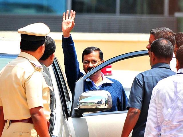 Chief-minister-Arvind-Kejriwal-arrives-at-the-Delhi-Secretariat-Sushil-Kumar-HT-Photo
