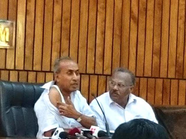 Kerala Assmebly,bite,legislator bitten