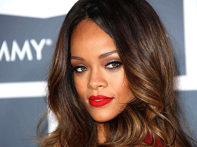 Singer-Rihanna-and-her-alleged-boyfriend-Richie-Akiva-who-happens-to-be-Leonardo-DiCaprio-s-good-friend-AFP