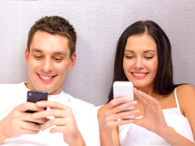 Couples-keen-to-know-how-their-smartphones-could-make-their-sex-lives-more-exciting-were-surprised-to-learn-the-answer-is-the-switch-off-key-Photo-Shutterstock