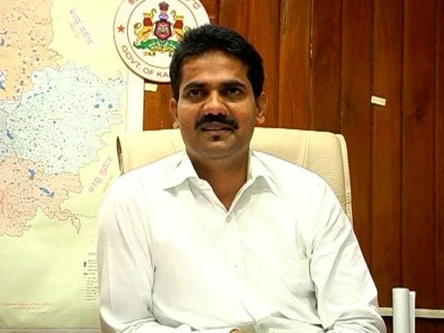 DK Ravi,DK Ravi's death,Siddaramaiah govt