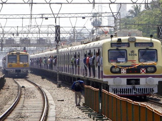 The-train-started-its-maiden-journey-from-Churchgate-at-11-35am-and-headed-towards-Borivli-in-the-presence-of-watchful-officials-Vidya-Subramanian-HT-photo