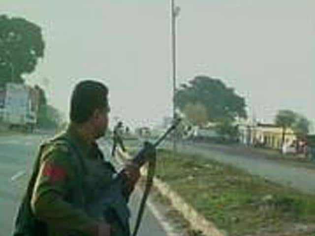 Security-personnel-on-the-Jammu-Pathankot-national-highway-which-was-closed-due-to-a-terrorist-attack-in-Kathua-ANI-Photo