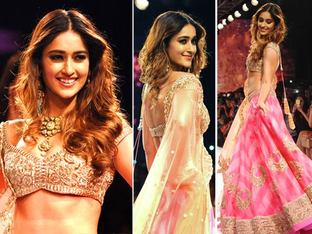 Bollywood-actor-Ileana-D-Cruz-walks-the-runway-in-a-classic-and-frilly-lehenga-by-designer-Anushree-Reddy-at-LFW-AFP