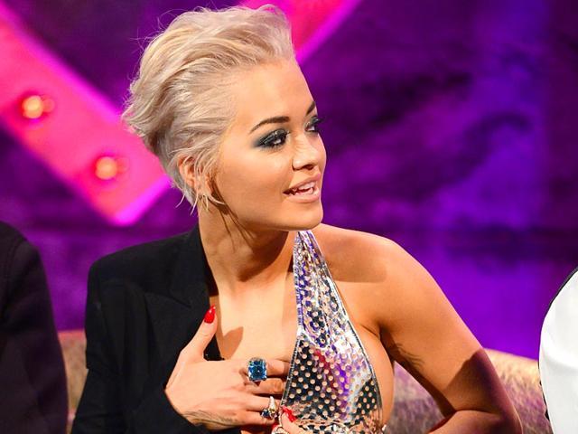 Rita Ora,Alan Carr: Chatty Man,wardrobe malfunction