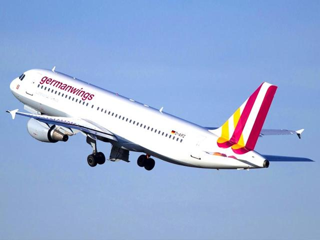 A-computer-security-expert-hacked-into-a-plane-s-in-flight-entertainment-system-and-made-the-jet-briefly-fly-sideways-by-ordering-one-of-the-engines-to-go-into-climb-mode-Reuters-Photo