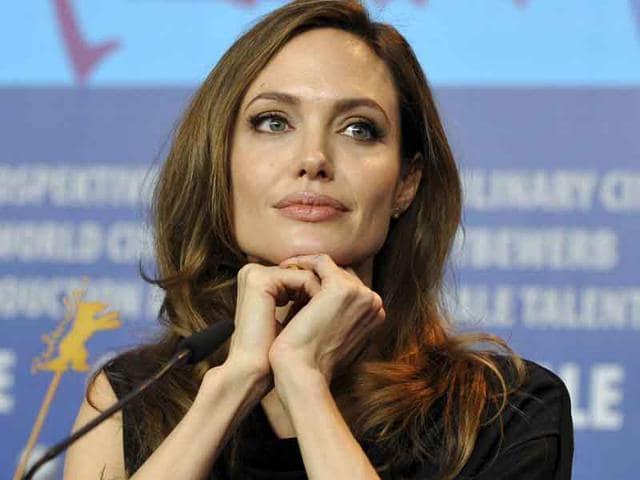 Angelina Jolie,preventive surgery,double mastectomy