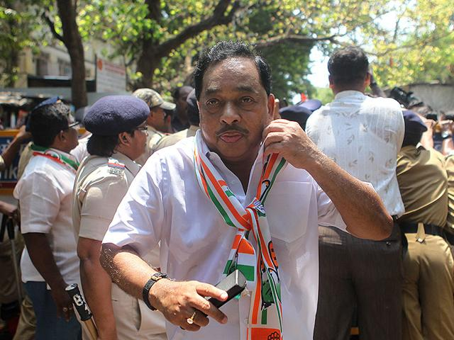 Congress-leader-Narayan-Rane-filed-his-nomination-papers-for-the-Bandra-east-assembly-seat-by-election-to-be-held-on-April-11-Satish-Bate-HT-photo