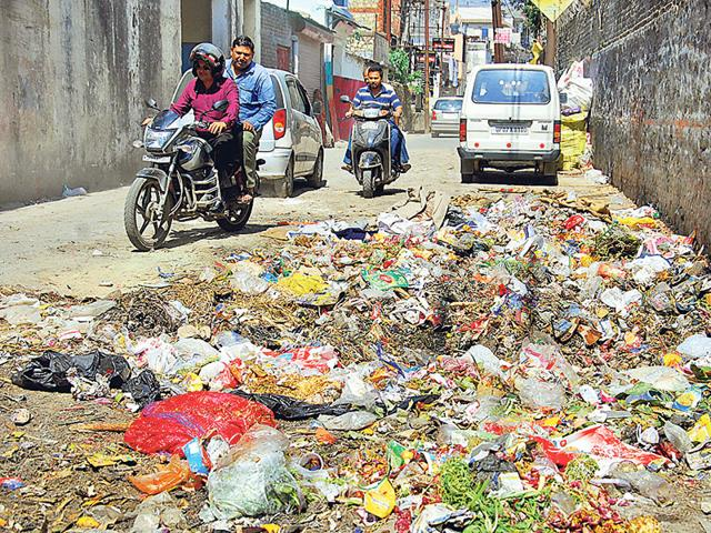 Chandigarh launches decentralised solid waste mgmt project