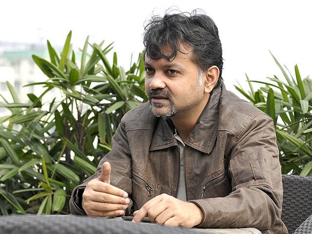 Srijit-Mukherji-s-Chatuskone-also-won-awards-for-best-cinematography-and-screenplay