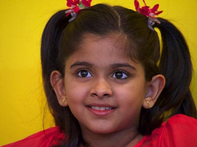 10-year-old-Uthara-who-won-the-National-Award-Best-Female-Playback-Singer-for-Azhage-Azhage-Saivam-is-the-daughter-of-Carnatic-vocalist-Unnikrishnan