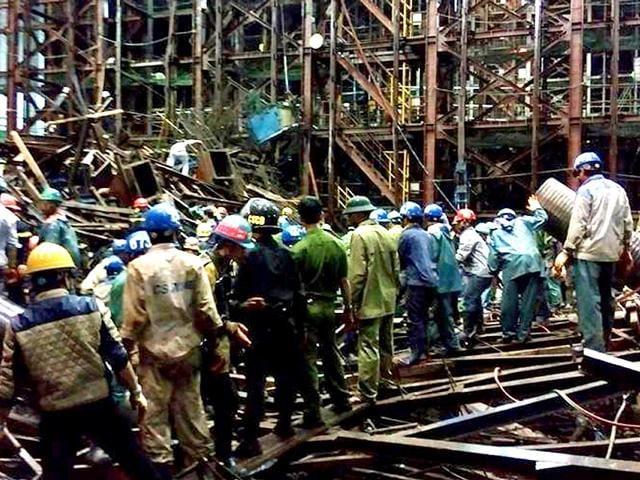 Vietnam,accident,workers