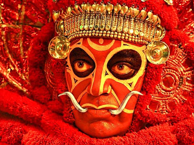 Actor-Kamal-Haasan-s-new-film-Uttama-Villain-is-not-a-satire-on-film-industry-the-actor-has-said-SonyMusicSouth-Twitter