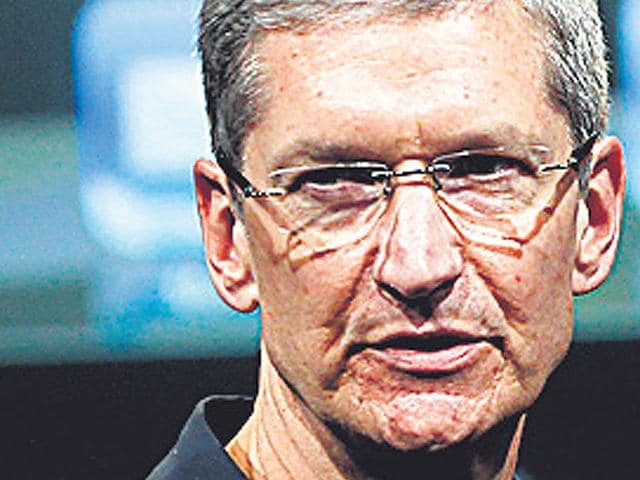 Apple-CEO-Tim-Cook-s-personal-net-worth-in-Apple-stock-is-120-million-with-an-additional-665-million-in-restricted-stock-when-fully-vested